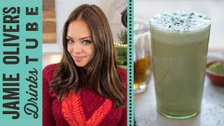 Matcha Breakfast Smoothie Recipe | Danielle Hayley