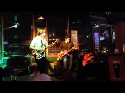 Rayneman - Falling Down (Live)