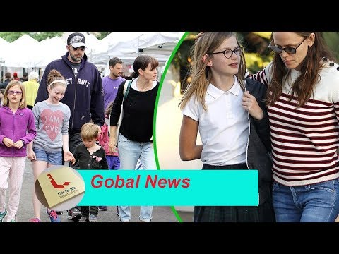 Ben Affleck spends time with his children when Jennifer Garner is pregnant in New York City