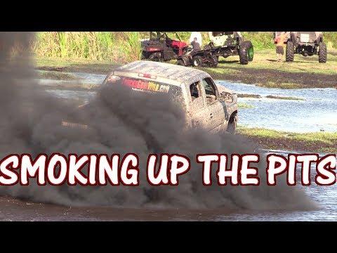 Giant Silver Mega Truck Smokes Up The Pits At Plant Bamboo Christmas Mud Bog