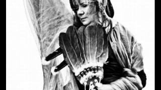 Mari Boine - Skealbma [the Mischievous]