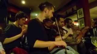 Barcelona Musicians at the Bushmills Inn!