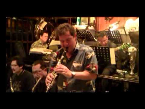Benny's Bugle -   Kenny Martyn (Clarinet) with the Ned Kelly's Rehearsal Big Band