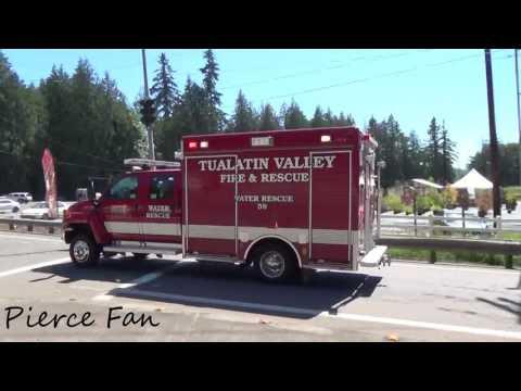Water Rescue 59 Responding Tualatin Valley Fire & Rescue (2007 Pierce GMC Water Rescue)
