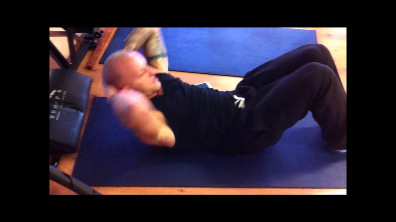 exercice musculation :abdos : crunch pied au sol - YouTube