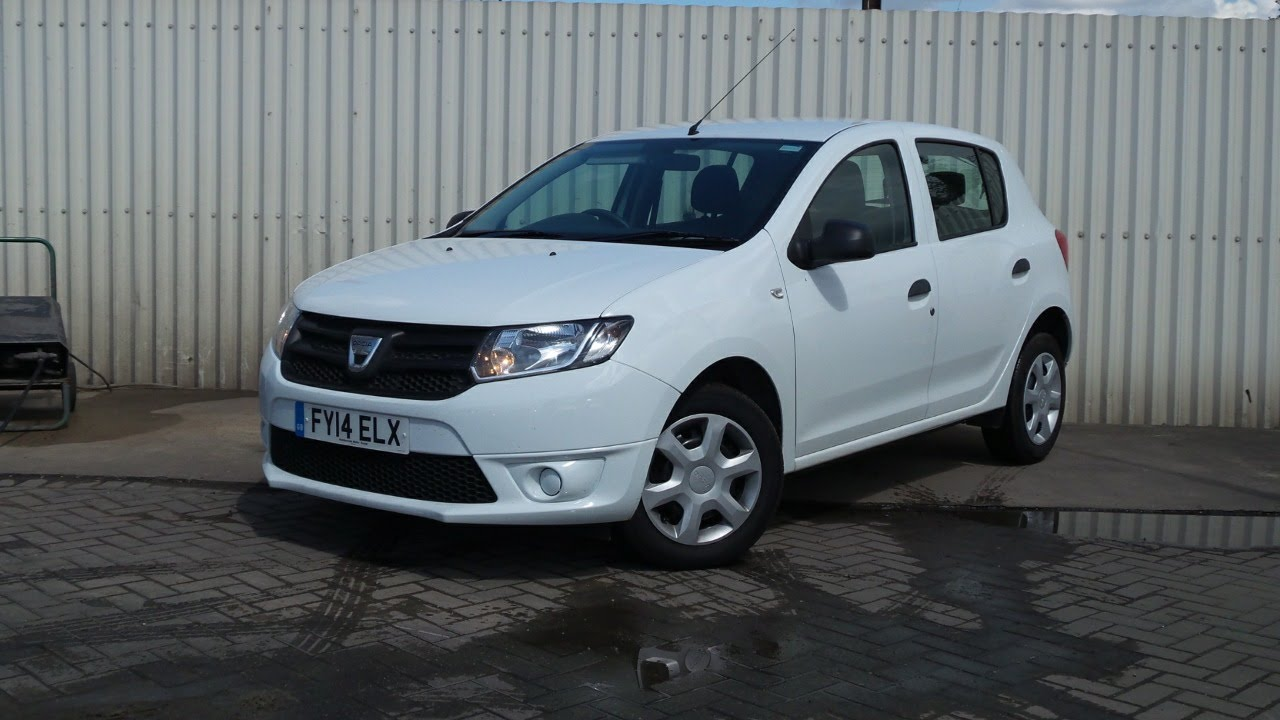 2014 14 dacia sandero 1 2 16v ambiance 5dr in white youtube. Black Bedroom Furniture Sets. Home Design Ideas