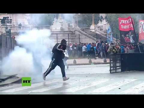 Argentina: Enfrentamientos entre la policía y los manifestantes en Buenos Aires