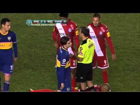 Boca 0 - Argentinos 0 Iñiguez traba con la cabeza / Fecha 8 Torneo Inicial 2013