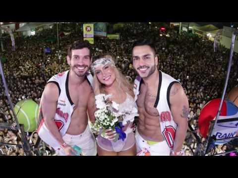 Noivado Thales e Éder no trio de Claudia Leitte no Carnaval Salvador 2018