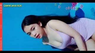 Bigo Hot - Janda Cantik & Imut Goyang Hot Pakai Baju Ketat