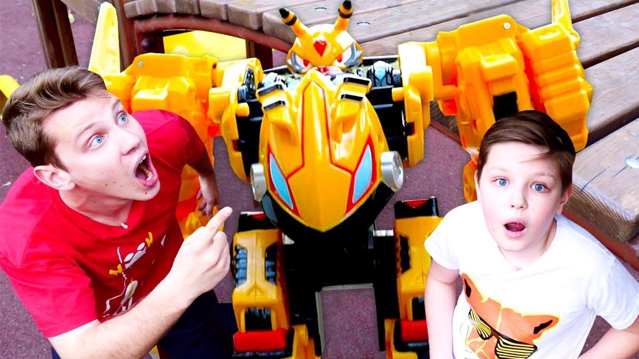 Игры гонки с машинками Монкрат - Мегароид Васпер против всех! - Видео с игрушками.
