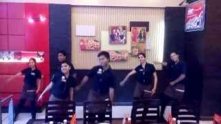 Pizza Hut Dance Janpath