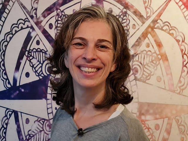 Jolanda: organiseer je eigen herdenking op 4 mei