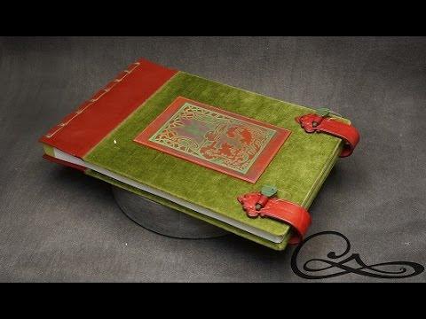 N°3238 - Grand album photo, velours de laine et déco art nouveau
