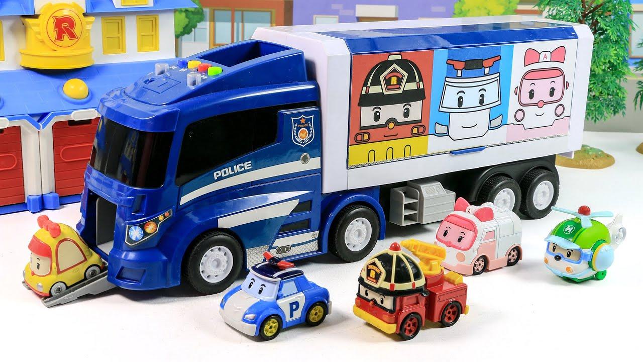 폴리 엠버 로이 그림이 있는 자동차를 열면 귀여운 경찰 자동차가 가득! 재미있는 미끄럼틀도 타 보아요