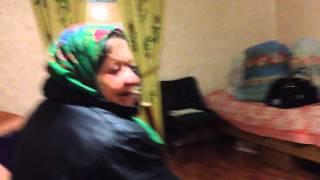 Мая бабушка поёт чистушки