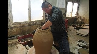 Throwing Making a Onggi Pottery Part 1 of Part 2 Korean Potter