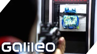 Kugelsichere Schulranzen? Alltagskleidung als Schutz vor Amokläufen | Galileo | ProSieben