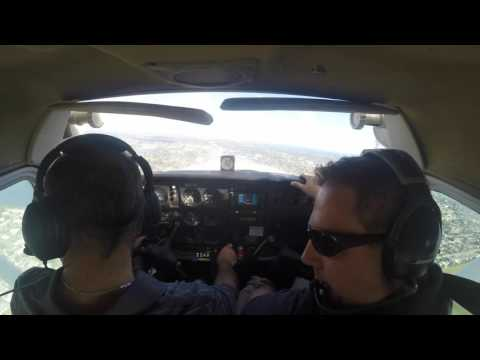 Cessna 172 Run Up - Take Off's, Landings, Traffic Pattern 102415 - Full Lesson