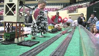 Passenger Trains on the ACSG layout at the Greenberg Train Show