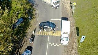 Последствия ДТП 14.10.19  озле кольцевой Audi после столкновения с Mercedes съехала в кювет