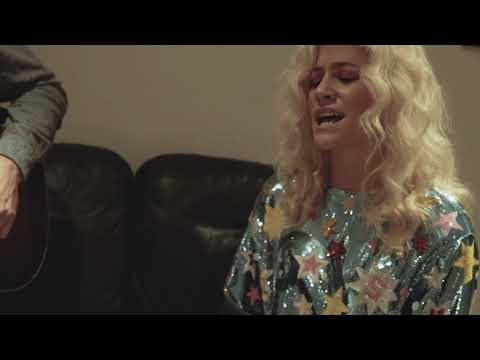 Pixie Lott - Won't Forget You (Acoustic) Backstage session