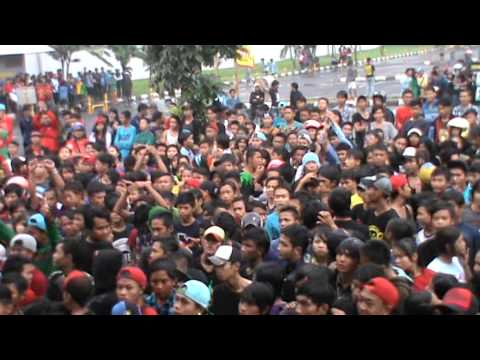 Nobita Band live at ramayana plered Cirebon