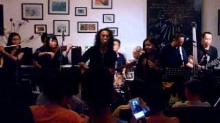 [Đêm ra mắt Acoustic Album - NGHE] Thu - Phạm Anh Khoa