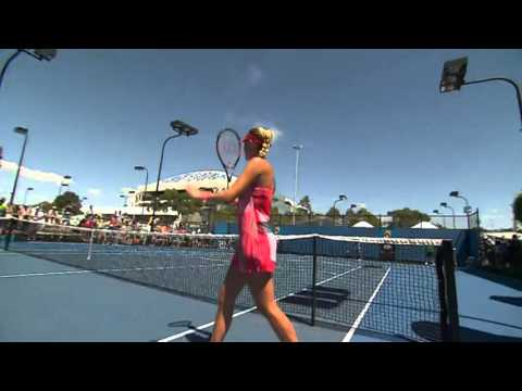 Kristina Mladenovic v Dominika Cibulkova match point (1R) | Australian Open 2016
