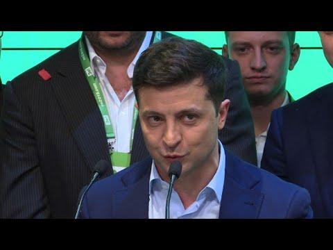 Comediante Zelensky é eleito presidente da Ucrânia