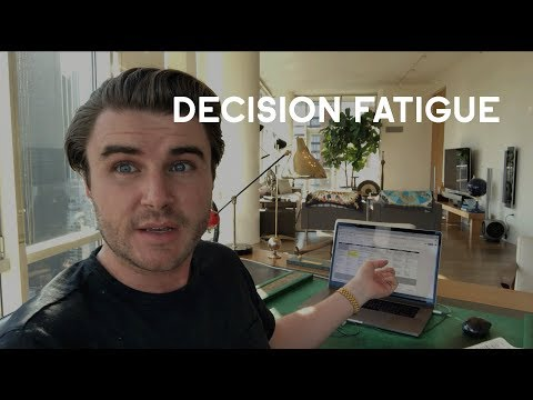 Decision Fatigue: Why Successful People Wear The Same Clothes Everyday