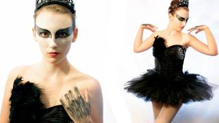 DIY BLACK SWAN HALLOWEEN COSTUME