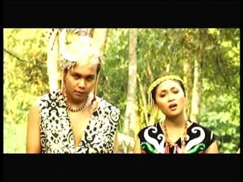Achik & Siti Nurdiana - Pengigat Pesulu (Official Music Video)