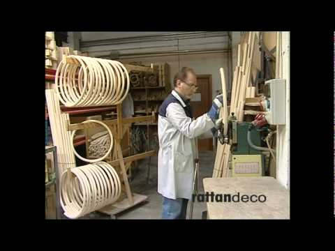 visite de l 39 usine de fabrication de meuble en rotin youtube. Black Bedroom Furniture Sets. Home Design Ideas