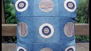 Очаровательные декоративные подушки своими руками из джинсов. 47 вариантов(Старые джинсы не выбрасывайте, а лучше сшейте из них вот такие очаровательные подушки, как в нашем видео...., 2014-07-26T20:40:47.000Z)