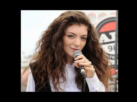 Lorde - Royals (Male Karaoke) [Lower Pitch]