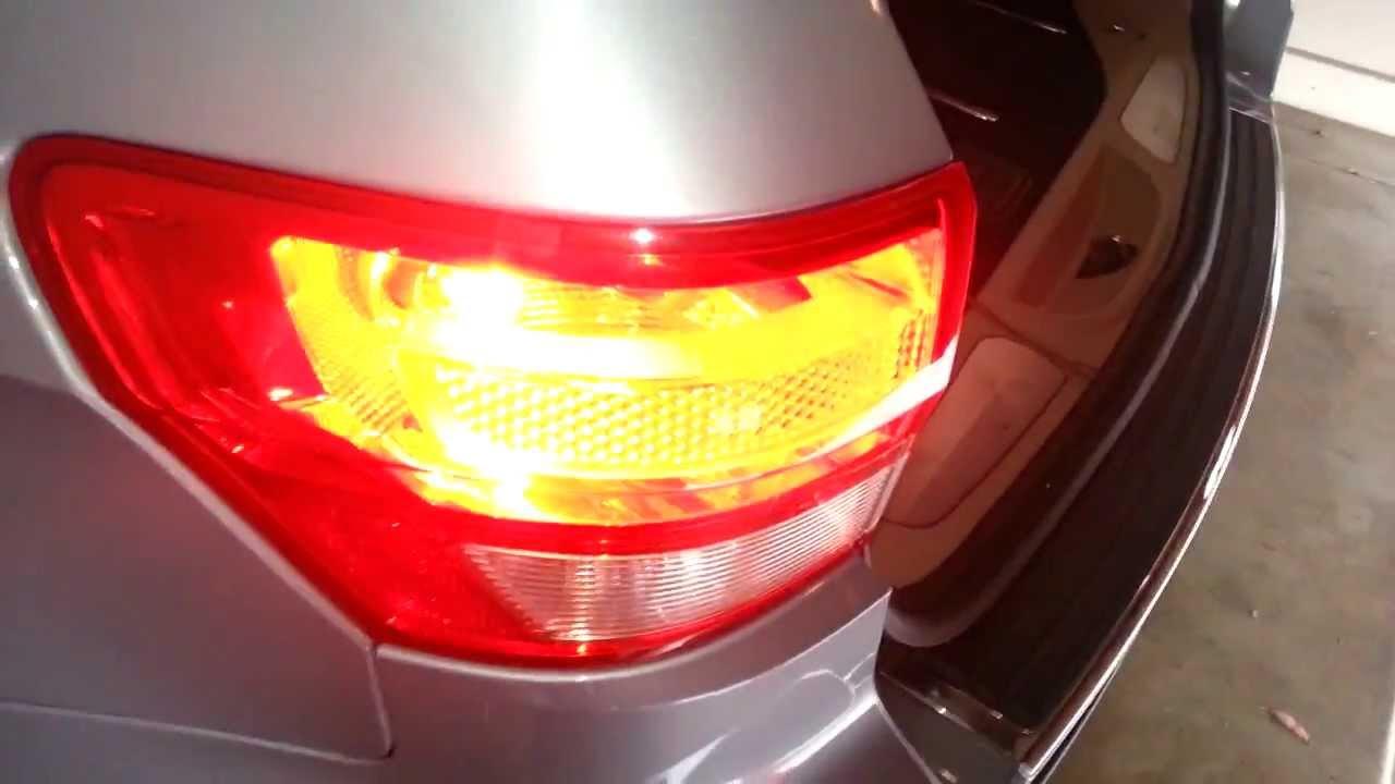 2012 jeep grand cherokee tail light testing new brake turn signal light bulb [ 1280 x 720 Pixel ]