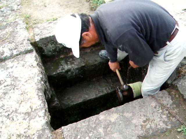 熊本県山都町 通潤橋 放水開栓シーン
