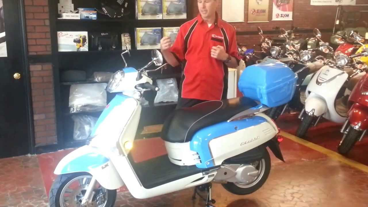 2013 kymco like 50 and like 200i scooter review youtube. Black Bedroom Furniture Sets. Home Design Ideas