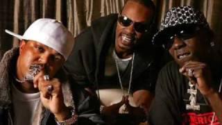 Three 6 Mafia - Some Bodies Gonna Get It
