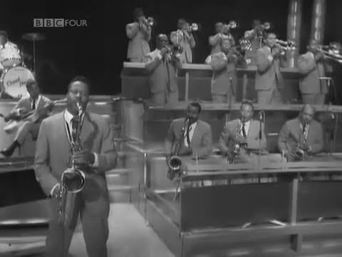 Jumping at the Woodside - Count Basie and his Orchestra