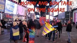 mommy-and-son-take-on-times-sqaure-new-york