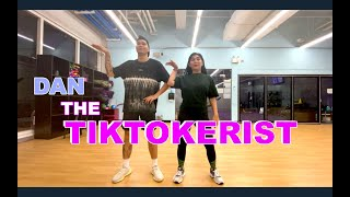 MY GIRLFRIEND TEACHES ME TIKTOK DANCE. (TIKTOKERIST)