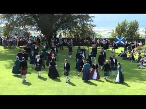 Scottish folk dance: Reel of 51st set