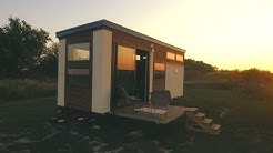 TINY HOUSE BUILT IN 72 HOURS