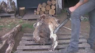 Вешалка для одежды из дуба. The coat rack made of oak