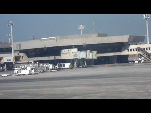 Arriving Philippines Ninoy Aquino Int Airport Nov 2009 WB550 HD Video