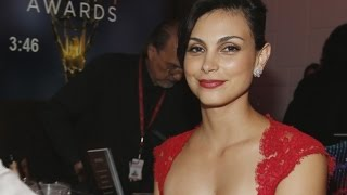 exclusive gotham co stars ben mckenzie morena baccarin had affair