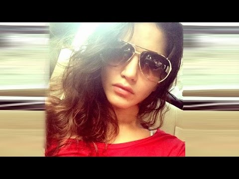 Sunny Leone 39 S Best Hot Cute Selfies Check Out Youtube