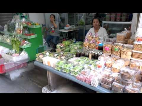 LIVE FROM BANGKOK - Abundance of small businesses in Thailand